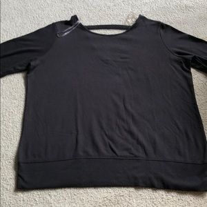 Ideology long sleeve top with thumb holes black 1X